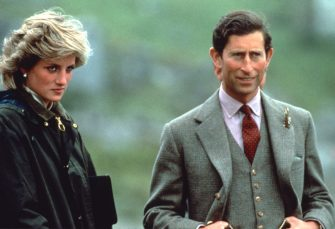 WESTERN ISLES, SCOTLAND - JULY 03: Prince Charles, Prince of Wales and Diana, Princess of Wales, wearing a Barbour waxed jacket, during a visit to Barra on July 3, 1985 in the Western Isles, Scotland. (Photo by Anwar Hussein/Getty Images)