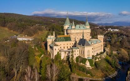 Viaggio tra i 20 castelli più affascinanti d'Europa. FOTO