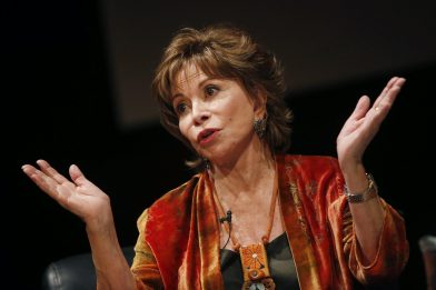 "Isabel Allende a SKY TG24 LIVE IN: ""Le parole determinano la realtà"""
