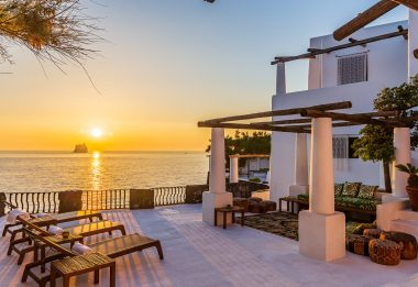 Dolce & Gabbana, villa a Stromboli venduta per 6 milioni di euro
