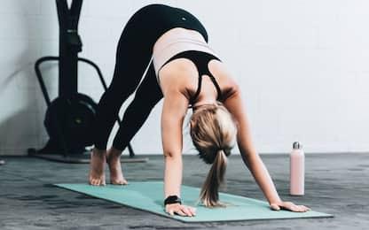Stretching, 5 esercizi per la schiena da fare a casa