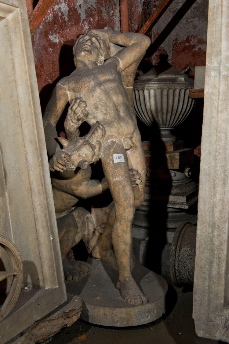 Una delle statue della Collezione Torlonia