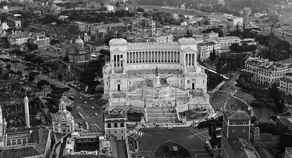 Quel volo su Roma che novant'anni fa beffò il fascismo