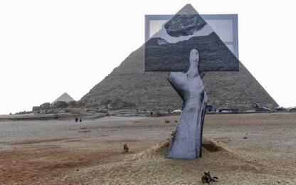 """""""Forever is Now"""", l'esibizione artistica alle piramidi di Giza. FOTO"""