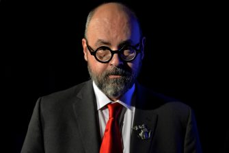 epa05853157 Spanish author Carlos Ruiz Zafon attends a reading at the 'lit.Cologne', in Cologne, Germany, 16 March 2017. The international literature festival runs from 07 to 18 March.  EPA/SASCHA STEINBACH