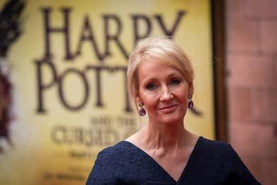 J. K. Rowling ed Harry Potter festeggiano il compleanno insieme. FOTO