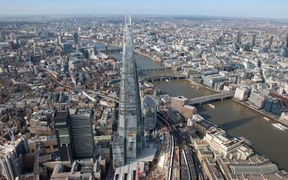 Gb, auto contro pedoni a Londra: cinque persone ferite