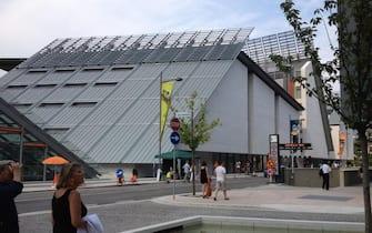 RPT Il Muse, progettato da Renzo Piano, si estende su 12.000 metri quadrati di superficie, con cinque piani, piu' uno interrato, e una serra tropicale. Trento, 27 luglio 2013. ANSA