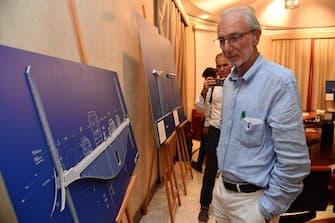 L'architetto Renzo Piano nel corso di una conferenza stampa sulla presentazione del progetto del nuovo viadotto dopo il crollo del ponte Morandi, 7 settembre 2018. ANSA/LUCA ZENNARO