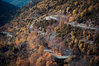 In foto i tornanti di Col de Turini