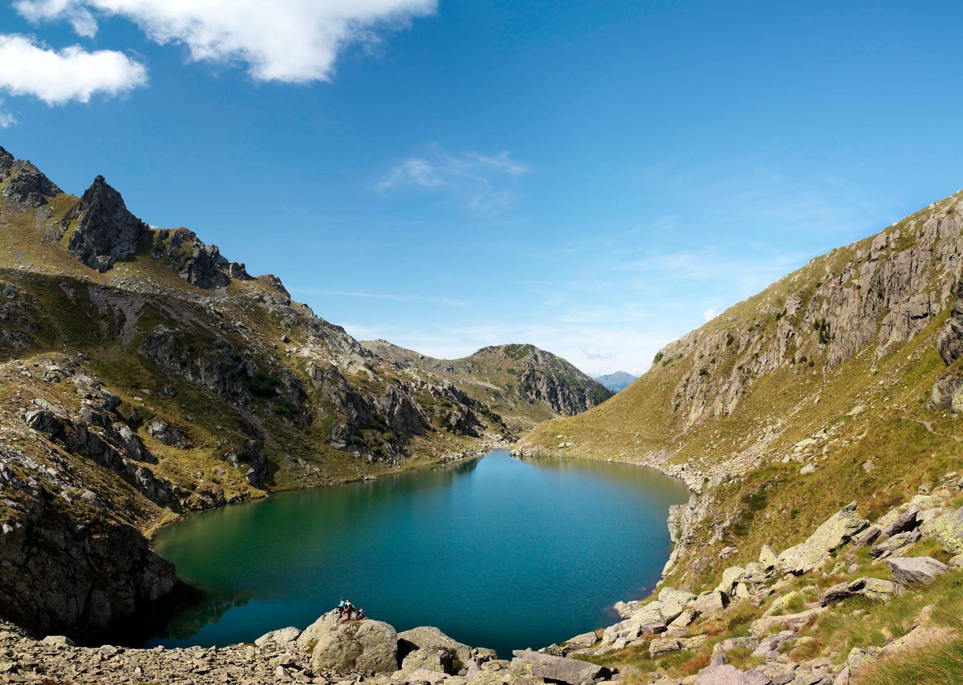 Il lago Brutto, localizzato a 2207 metri di altitudine in Val di Fiemme