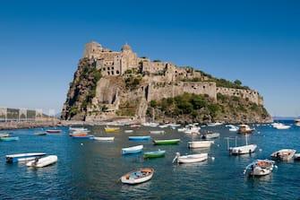 Nell'immagine Castel San'Angelo a Ischia
