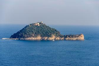 Nella foto l'isola di Gallinara