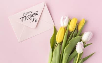Festa della mamma, nove frasi per i tuoi auguri su WhatsApp e Facebook