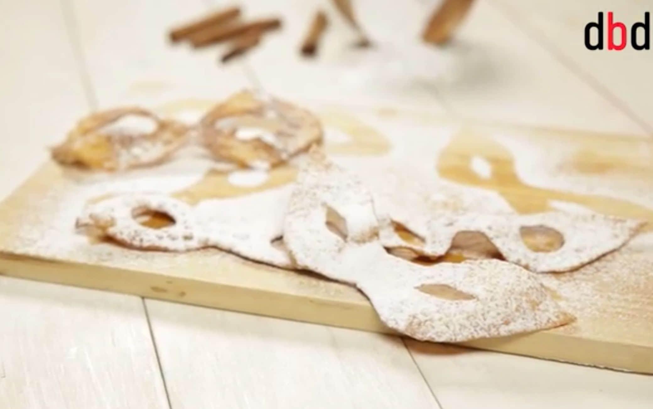 Maschere dolci di Carnevale, l'alternativa alle chiacchiere classiche