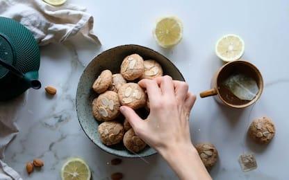 Pasticcini alle mandorle senza zucchero, la video ricetta di Melarossa
