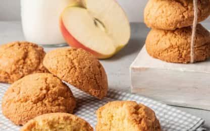 La ricetta per biscotti morbidi alle mele facili e veloci da preparare