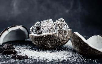 Plumcake con ricotta, cocco e cioccolato