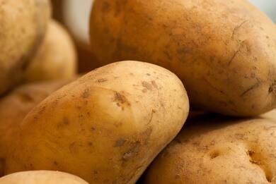 Cina: coltivare le patate diventa hi-tech