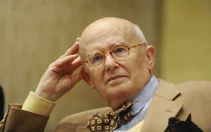 Morto a Milano lo scrittore e giornalista Roberto Gervaso