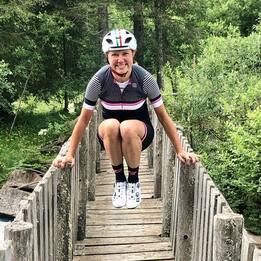 Travolta da camion durante allenamento, morta ciclista Roberta Agosti