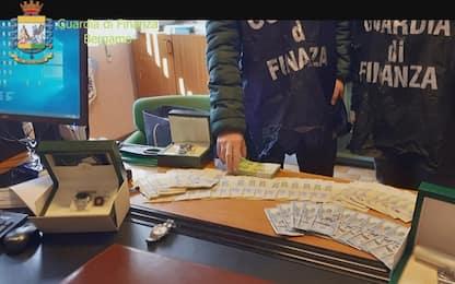Riciclaggio ed estorsione, quattro arresti in provincia di Bergamo