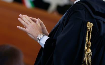 Milano, non pagava conti di ristoranti e bar: accertamenti su giudice