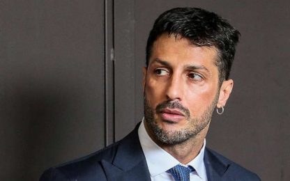 Milano, Fabrizio Corona esce dal carcere e torna ai domiciliari