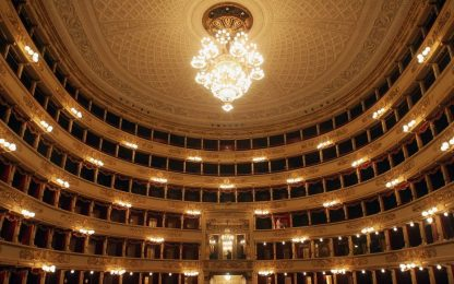 Milano, principio d'incendio in un deposito al Teatro alla Scala