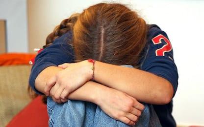Legnano, marito molesta figlia: lei mette telecamere e lo fa arrestare