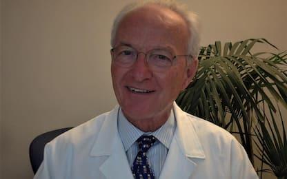 """Vaccinazioni Covid, medico in pensione: """"Paghiamo per lavorare"""""""
