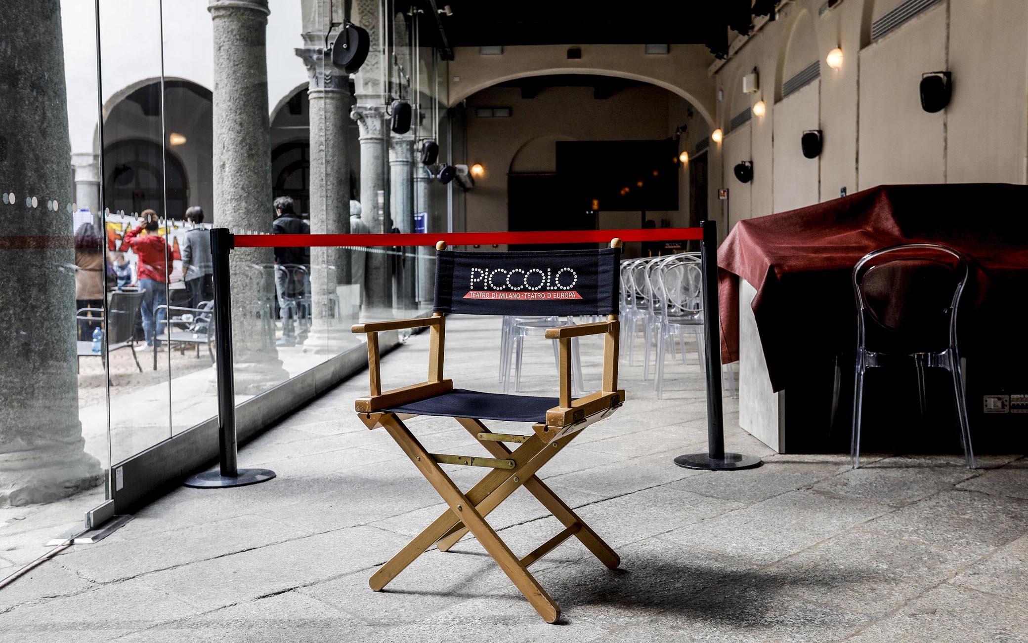 Occupazione del Piccolo Teatro di via Rovello da parte dei lavoratori dello spettacolo, Milano, 27 marzo 2021. ANSA/ MOURAD BALTI TOUATI