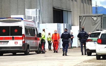Incidenti sul lavoro, 53enne muore travolto da camion nel Bergamasco