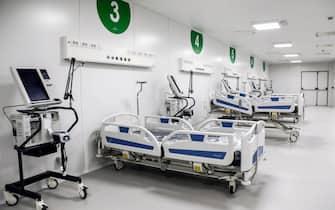 Un reparto del nuovio Ospedalefieramilano a Milano, 31 marzo 2020.ANSA/Mourad Balti Touati