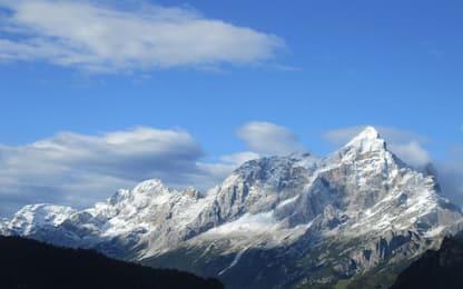 Si stacca chiodo, morto alpinista brianzolo di 27 anni nel Bellunese