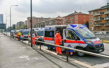 Milano, bus si scontra con'auto: una decina di contusi