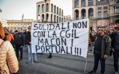 Milano, manifestazione no Green pass: tafferugli con forze dell'ordine