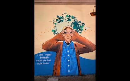 Milano, un murales per ricordare la travel blogger Fraintesa