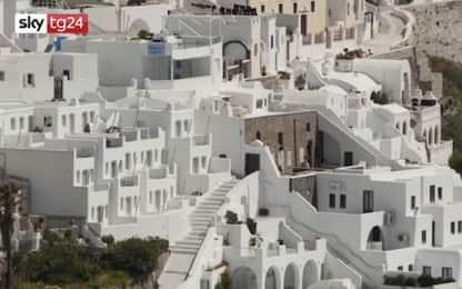 Coronavirus Grecia, l'isola di Santorini è deserta. VIDEO