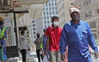 Coronavirus, in Qatar 3 anni di carcere per chi non indossa mascherina