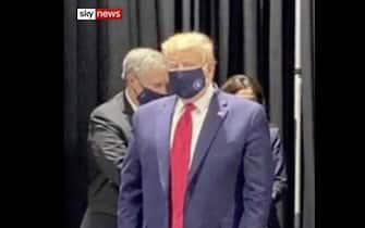 trump mascherina