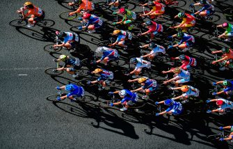 Cyclists compete during the women's elite road race of the UCI Cycling Road World Championships in Bergen, on September 23, 2017. / AFP PHOTO / Jonathan NACKSTRAND        (Photo credit should read JONATHAN NACKSTRAND/AFP via Getty Images)