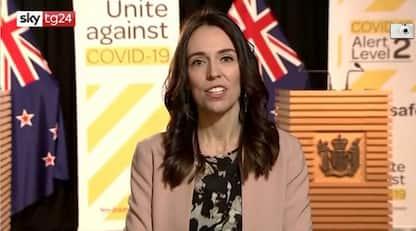 Nuova Zelanda, terremoto durante intervista premier Ardern. VIDEO