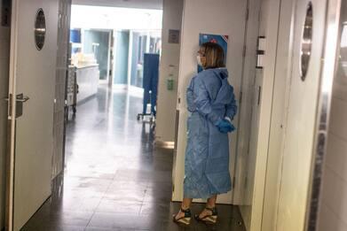 Campania, inchiesta su ospedali Covid: indagata dirigente Regione