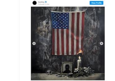George Floyd, omaggio di Banksy: il problema è il sistema dei bianchi