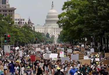George Floyd, la manifestazione a Washington contro il razzismo. FOTO