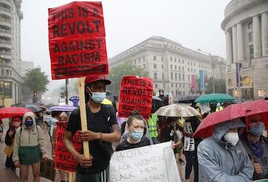 Usa, nuovo video shock: a marzo afroamericano ucciso da polizia