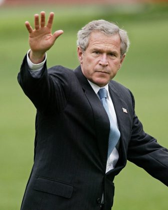 (FILE) A file photograph dated 28 July 2003 showing US President George W. Bush waving as he walks across the South Lawn of the White House in Washington, DC., USA. In his first in-depth interview since US President Donald J. Trumps inauguration, former President George W. Bush voiced his opinion on several issues that have swirled around the Trump presidency. In the interview with TODAY's Matt Lauer the former president expressed strong support for a free and independent press to hold those in power accountable.  ANSA/SHAWN THEW