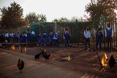 Coronavirus, il Sudafrica riapre le scuole. FOTO