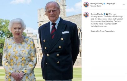 Principe Filippo compie 99 anni, nuova foto con la Regina Elisabetta